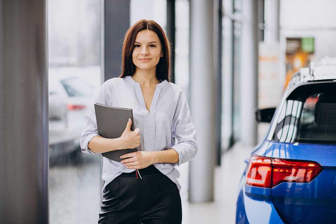 Stark unterschätzt und doch unverzichtbar - Serviceassistenz im Autohaus