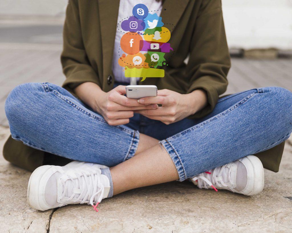 Social-Media-beeinflusst-den-Autokauf-immer-stärker